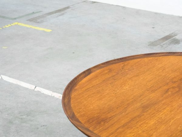 VINTAGE TEAK ROUND COFFEE TABLE