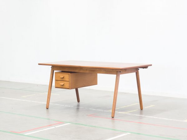 FDB MØBLER 'MODEL C35' TEAK AND OAK EXTENDABLE DESK - POUL M. VOLTHER