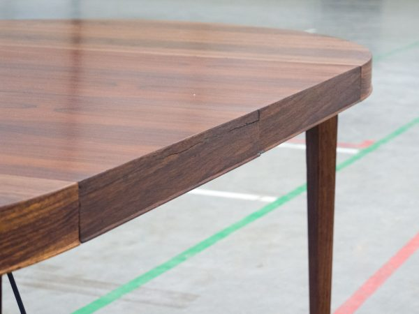 HASLEV MØBELSNEDKERI EXTENDABLE ROSEWOOD DINING TABLE - SEVERIN HANSEN JR.