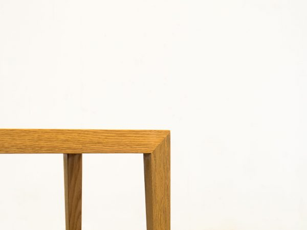 HASLEV MØBELSNEDKERI PAIR OF OAK SIDE TABLES - SEVERIN HANSEN JR.