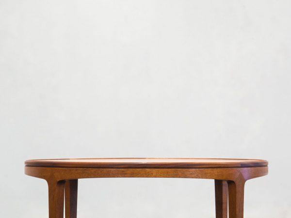 VINTAGE DANISH ROUND MAHOGANY COFFEE TABLE