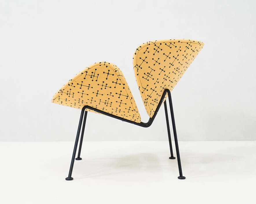 Artifort 'Small Dot Pattern' Orange Slice lounge chair – Pierre Paulin & Charles and Ray Eames