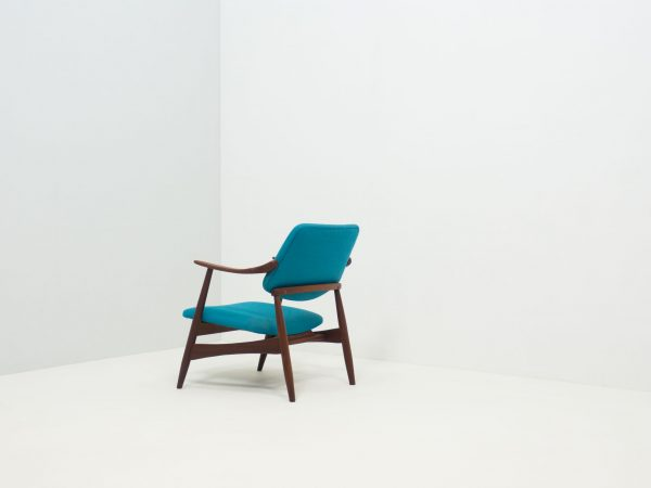 WÉBÉ LOUNGE CHAIR - LOUIS VAN TEEFFELEN